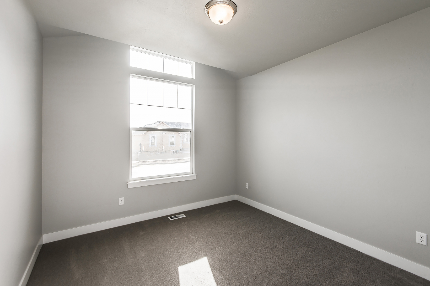 Bedroom-Four_1800x1200_2109728